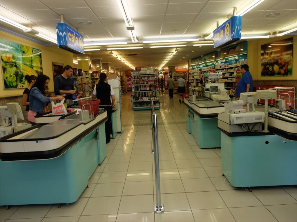 スーパーマーケットの様子_5