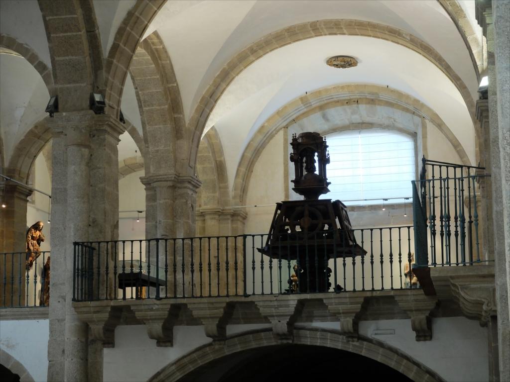旧サント・ドミンゴ・デ・ボナバル修道院_5