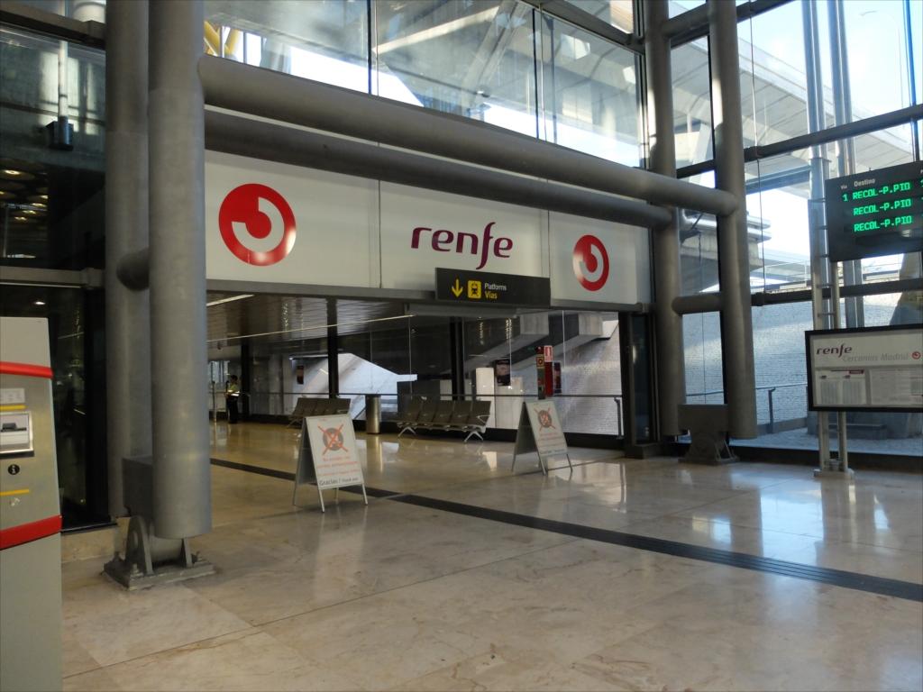 renfeの出入り口