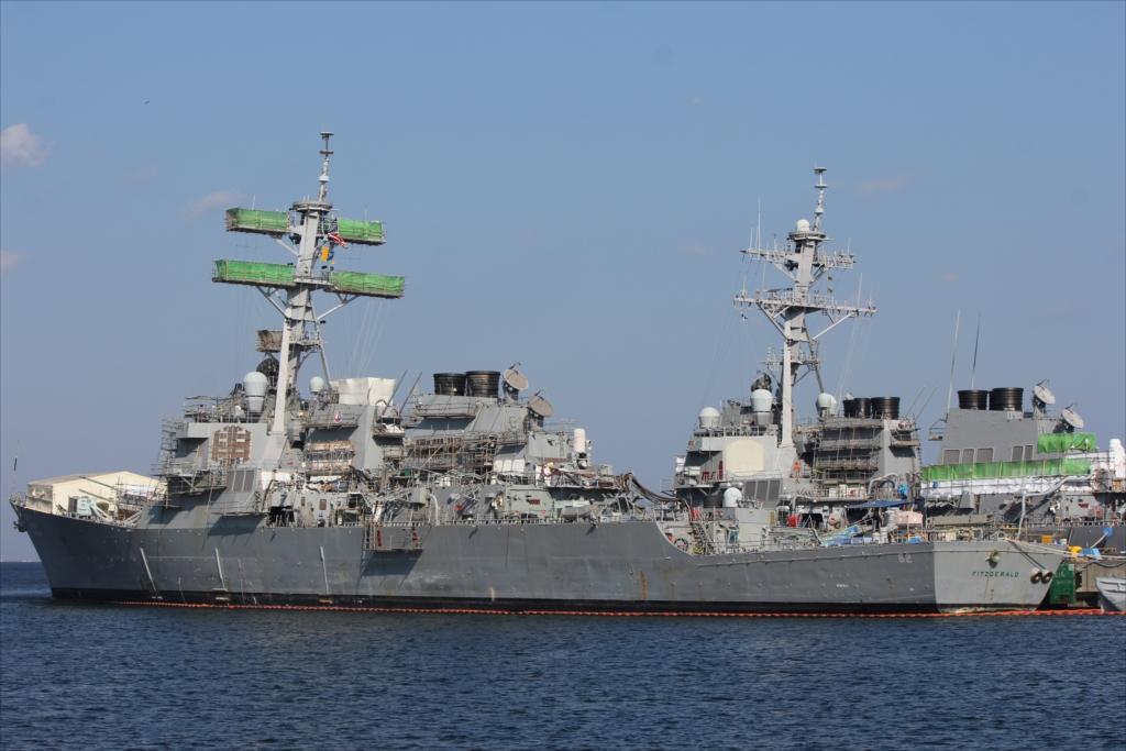 ミサイル駆逐艦 DDG62 FITZGERALD_1