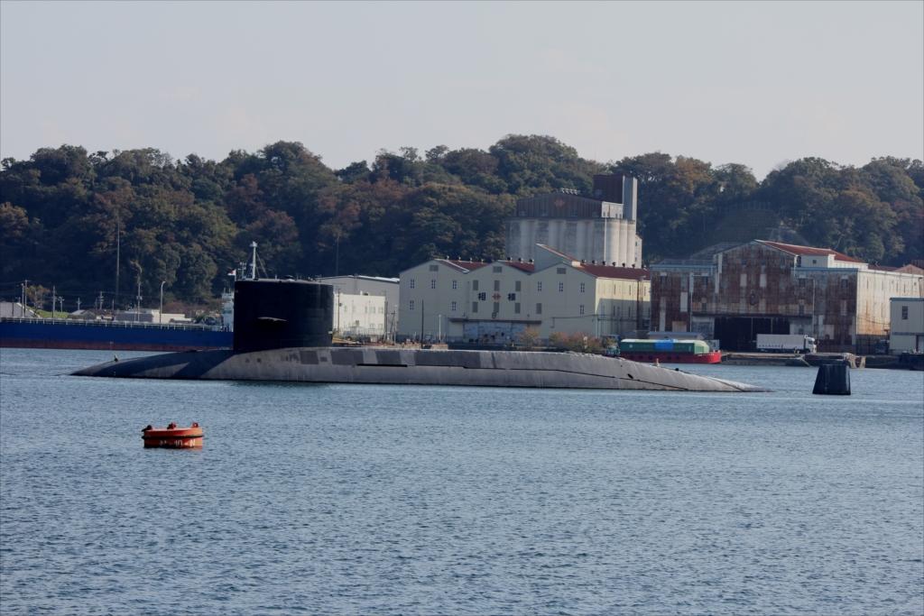 廃棄処分予定の潜水艦_1