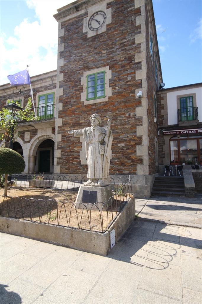 教会を囲む建物等_2