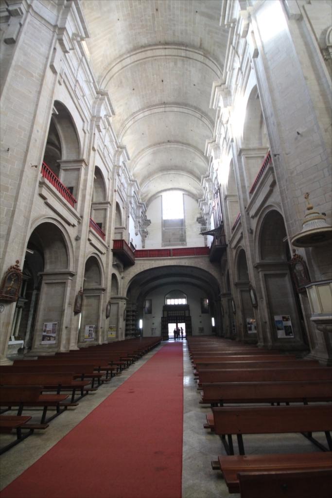 聖堂の天井部分_2