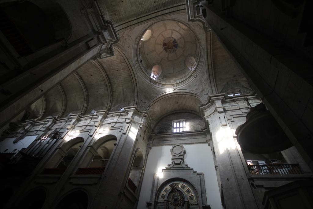 聖堂の天井部分_1