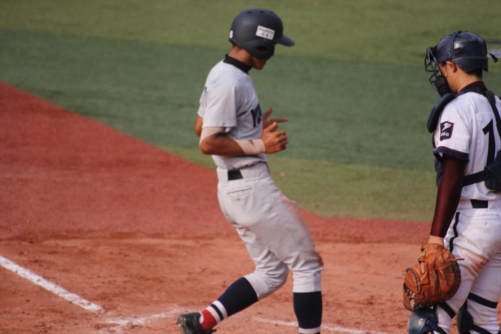 松井、浅間に本塁打を浴びる_1