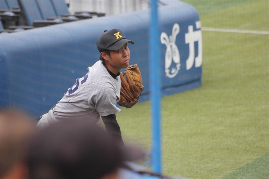 慶応先発高橋投手の投球練習_5
