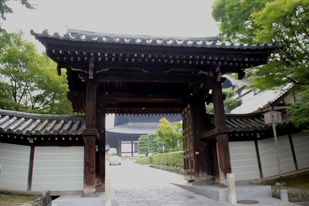 東福寺日下門