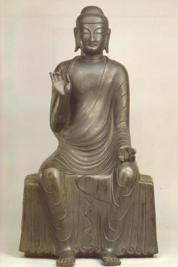 銅造釈迦如来倚像(重要文化財)_2