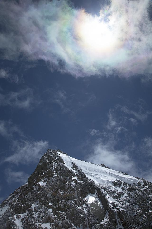 130503 彩雲と岩峰
