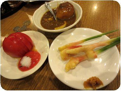 ジャガカレー・冷やしトマト・谷中生姜
