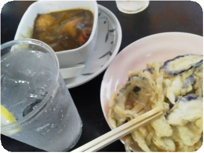 おつまみカレーのルー、季節の野菜天ぷら