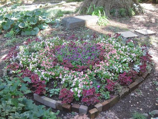 9ハートの花壇