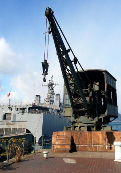 海軍時代のクレーン