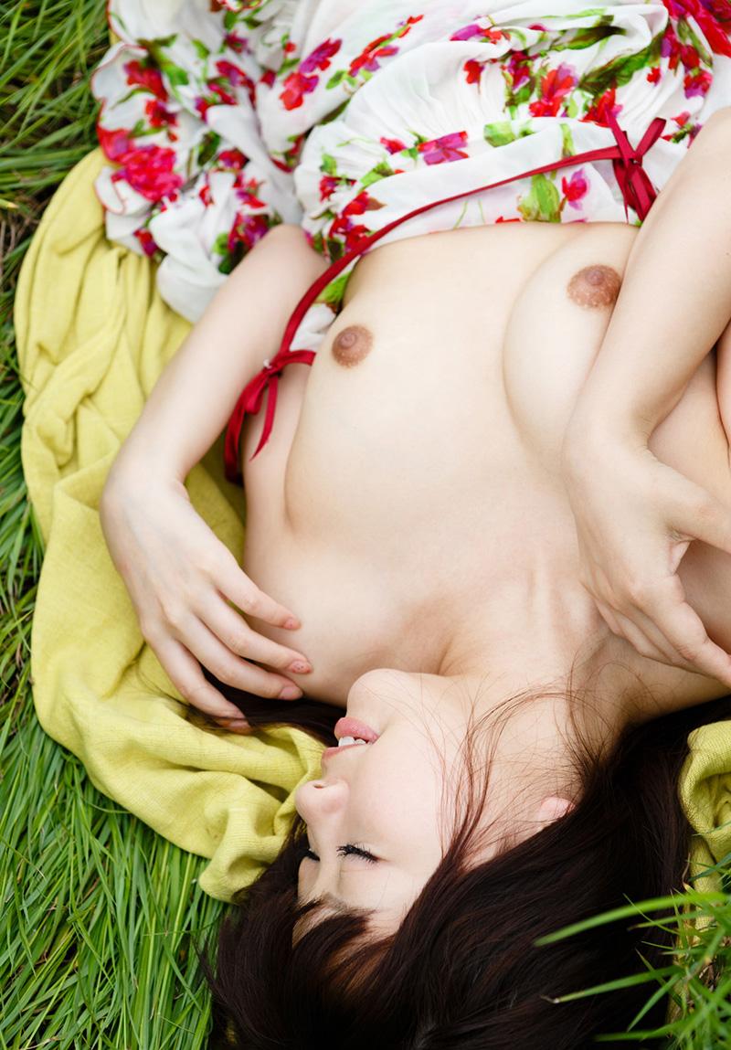 【No.18222】 Nude / 葉山めい