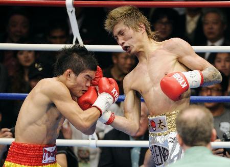 ボクシング:前WBC王者・佐藤洋太選手、引退に恩師ら惜しむ声 「まだ早いと説得したい」 /岩手