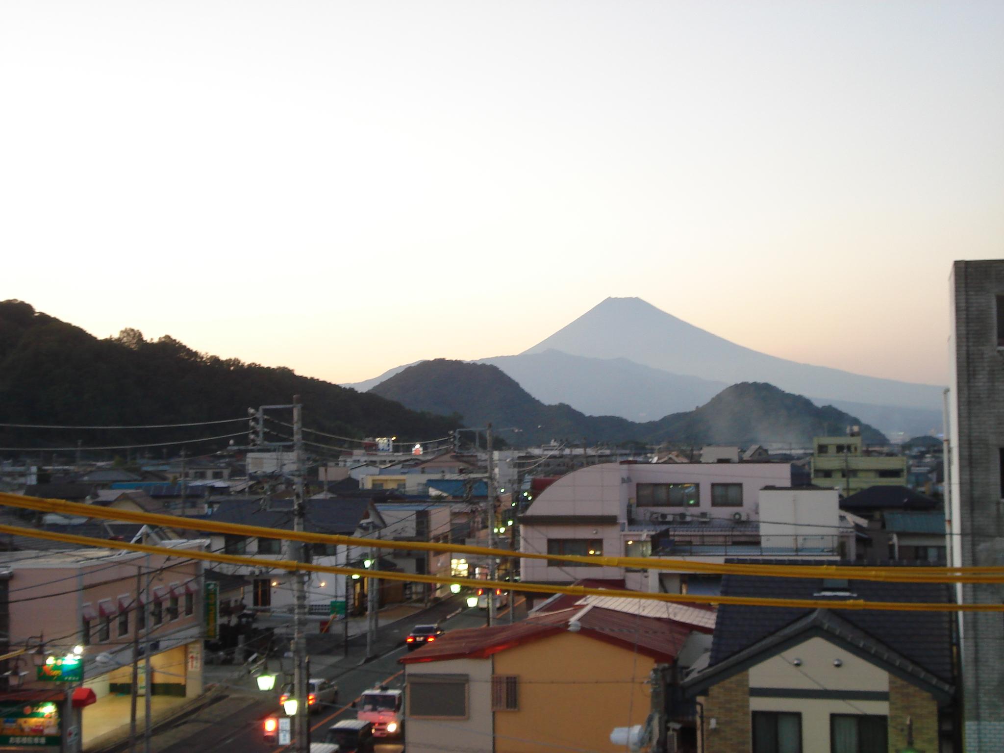 H251012富士山