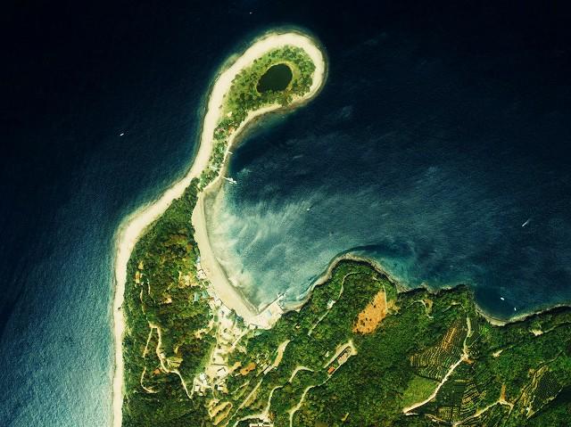 Osezaki_cape_Aerial_Photograph.jpg
