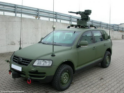 Volkswagen_Touareg_Militar-1.jpg