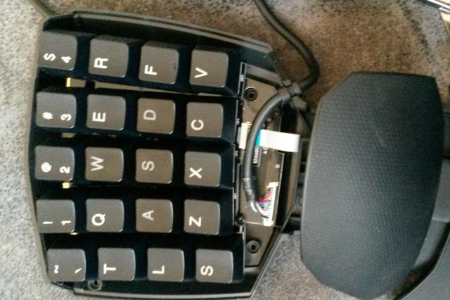 Razer_Orbweaver_Custom_Keycap_08.jpg