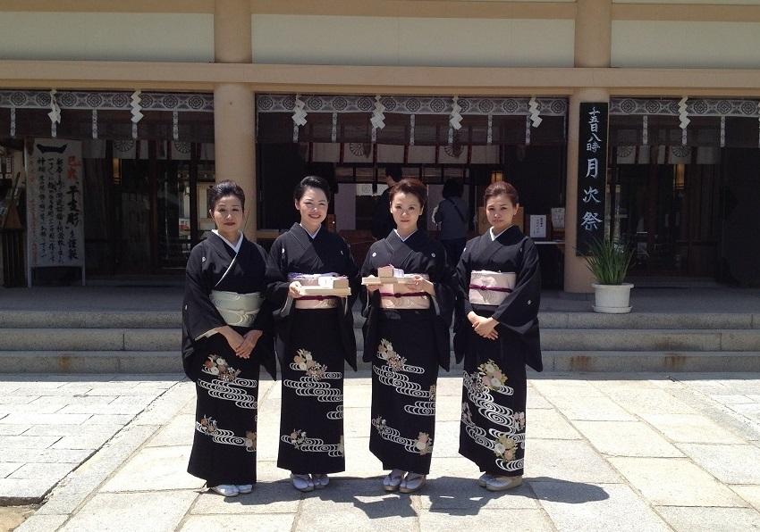 名取式・生玉神社