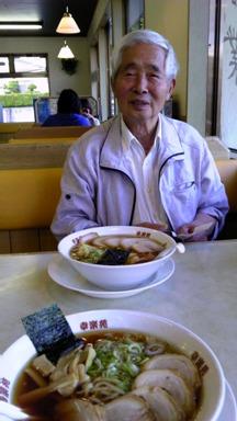 お別れのまえ食べた夕食 お寿司屋さんでもよかったのに、遠慮するおじいちゃん(涙)